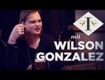 Bonnie Strange: Neben ihr fand ich gar nicht mehr statt | Wilson Gonzalez bei Letzte Runde 1/4